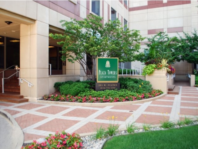 Plaza Towers Apartments Grand Rapids Mi 1250 1875 Kent County